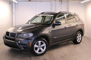 2012 BMW X5 300-hp,  NAVIGATION, REARVIEW CAMERA & PARKING SEN