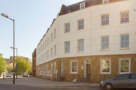 2 bedroom flat in Regal Court, Queens Park NW6