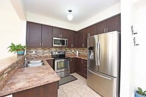 Beautiful 4+1 B/R Semi With Partly Fin Bsm & S/Ent at Mississaug
