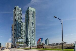 ☎☎ Call Now! 2 Bedroom Corner Unit In The Heart Of Mississauga!