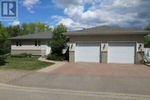 69 11th AVE NE Swift Current, Saskatchewan