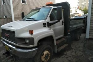 2009 GMC C5500 Dump Truck with Plow
