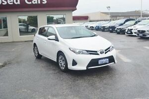 2015 Toyota Corolla ZRE182R Ascent S-CVT White 7 Speed Constant Variable Hatchback Bayswater Bayswater Area Preview