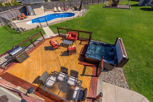 Backyard Retreat with basement for entertaining!!