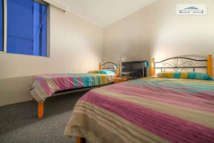 DELIGHTFUL MASTER TWIN SHARED ROOM FOR ONE MALE TO SHARE