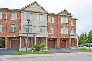 Luxurious 3 Bed/ 4 Wr Only 8 Year New Freehold Town House
