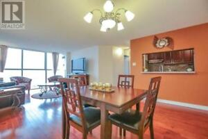 Panoramic View,2Beds,2Baths,35 TRAILWOOD DR, Mississauga