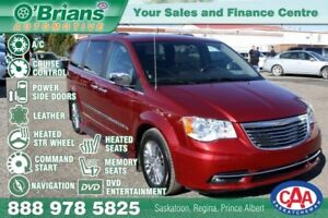 2011 Chrysler Town & Country Limited w/Command Start, DVD, Leath