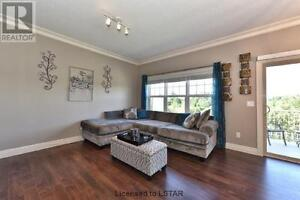 New Townhouse next to Costco, minutes to Western London Ontario image 3