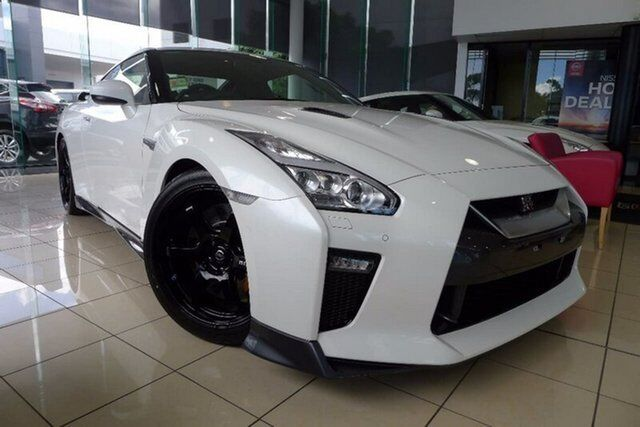 2017 Nissan GT R R35 MY17 Track Edition DCT AWD White 6 Speed Sports  Automatic Dual Clutch Coupe | Cars, Vans U0026 Utes | Gumtree Australia Wyndham  Area ...