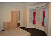 1 bedroom in Bulwer Street, London