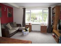 PRIVATE LANDLORD - BRIGHT ONE BED IN CENTRAL ENFIELD, GARDEN & PARKING, AVAILABLE IMMEDIATELY