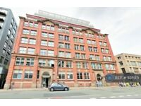 2 bedroom flat in Church Street, Manchester, M4 (2 bed) (#935971)