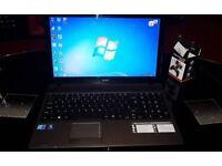 """Acer aspire 5733 15.6"""" i3 8gb ram 500gb HDD"""