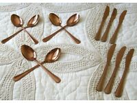 COPPER ROSE GOLD COLOURED 6 x KNIVES & 6 x DESSERT SPOONS CUTLERY New in Packaging £2 the lot