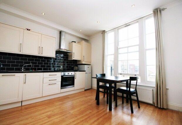 1 bedroom flat in Barnsbury Road, Angel, N1