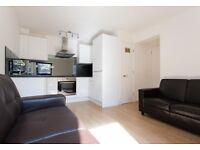 1 bedroom flat in Back Church Lane, London, E1