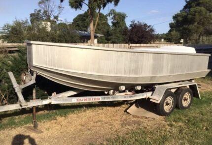 aluminium 4.7m Boat & Dunbier Trailer Will Suit Stacer Quintrex Buyers
