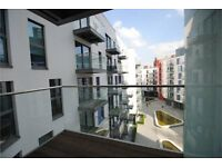LUXURY ONE BEDROOM APARTMENT IN EAST CROYDON WITH BALCONY - AVALIABLE NOW