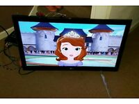 Lg 32 inch led Internet tv excellent condition fully working with remote control