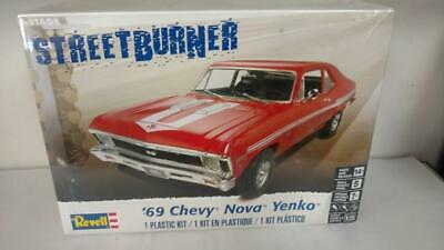 Revell 4237 ''69 Chevy Nova Yenko model kit
