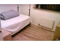 TWO BEDROOM FLAT AVAILABLE PART DSS CONSIDERED 5 MINUTES FROM TUBE