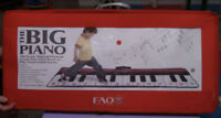 Toys Big  Step and Play Piano
