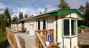 Pretty and very spacious mobile home in Mary Lake July 1st