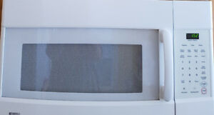 Kenmore Microwave Oven-Used