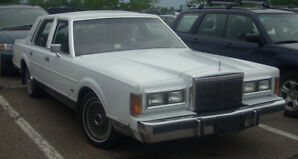 89' Lincoln Town Car Presidential Edition