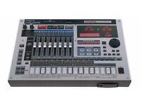 Roland MC 808