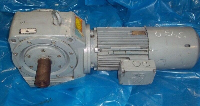 SEW EURODRIVE SF80 HELICAL-WORM GEAR REDUCER, 56.16:1 RATIO
