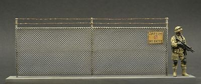 DioDump DD085 Modern wire fence - scale 1:35 diorama building accessory