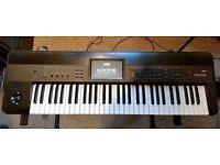Awesome Korg KROME 61 Key Music Workstation