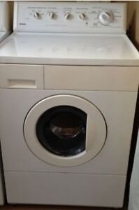 KENMORE H.E FRONT LOAD WASHER RECONDITIONED LIKE NEW 1 YR WARR