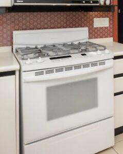 """KitchenAid 30"""" Gas Range (White)"""