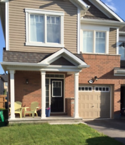 Barrhaven 3 Bedroom Townhome - Nov. 1st move in
