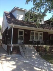 1 BDRM + DEN/2nd BDRM FOR RENT $850 INCLUSIVE - CONTACT TODAY