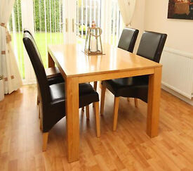 Dining Table - Solid Oak and 4 Leather chairs