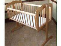Wood swing crib