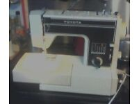toyota sewing machine model 6200 with peddle.