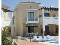Holiday home 2 bedroom villa with pool to rent in Pafos Cyprus for short or long term let Paphos