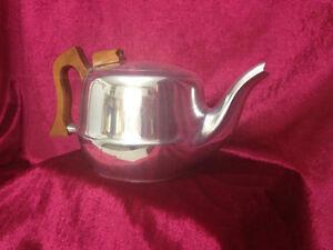Piquot Ware Teapot, Mid Century Piquot Teapot Kingston Kingston Area image 1