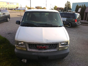 2000 GMC  SAFARI FOR SALE