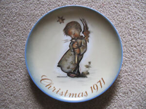 "1971 Hummel Christmas Plate Limited ""First"" Edition - NOW $3.99"