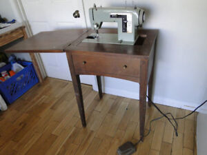 Older Model Sears Sewing Machine/Table