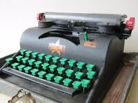 Vintage Liliput Tyepwriter in case with spare ink ribbon