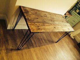 Scaffolding desk with steel hairpin legs