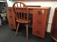1960s Oak Knee Hole Desk/Dressing Table. Vintage/Retro/Mid Century