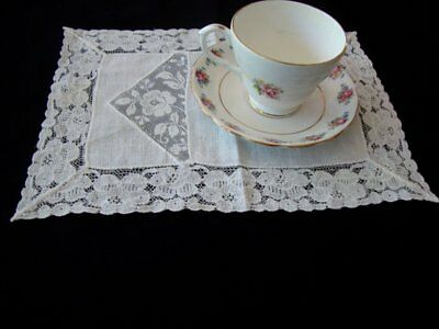 Vintage Handmade White Linen Doily or Napkin with Lace Border and Insert Kitchen